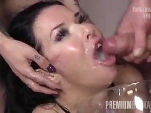 cum her mouth many geysers