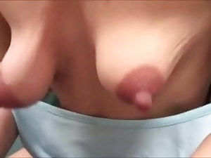 Mother flashes her nipples
