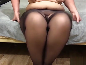 bbw in nylon pantyhose showcases your fat ass and pussy