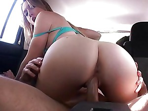 Torrid gf Riley Reynolds fucked anent a motor spokesperson